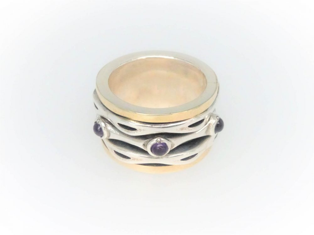 Handcrafted STG Silver & 9KYG Amethyst Ring with a Rotating Centre